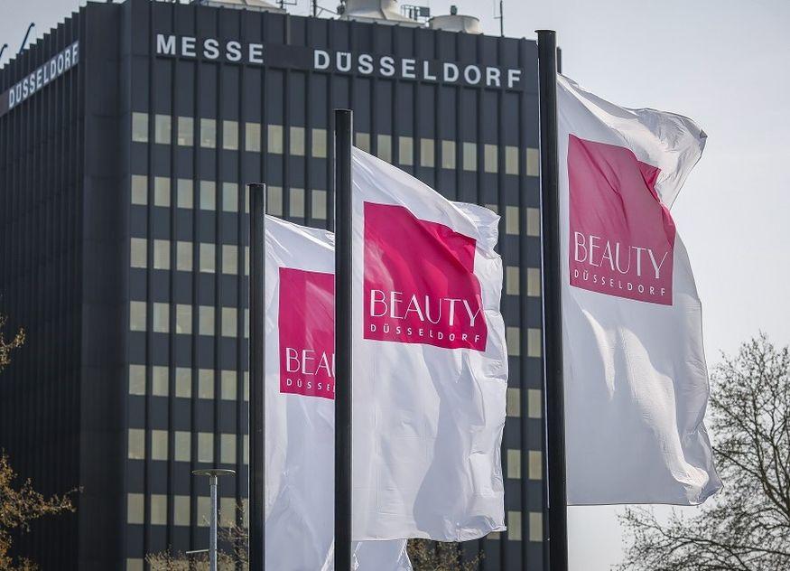 Beauty Düsseldorf Messe Fahnen