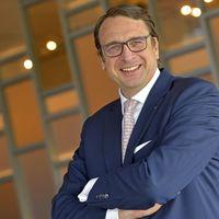 Alexander Aisenbrey, Direktor des Fünf-Sterne-Superior-Hotels Öschberghof in Donaueschingen, wurde zum Hotelier des Jahres gekührt