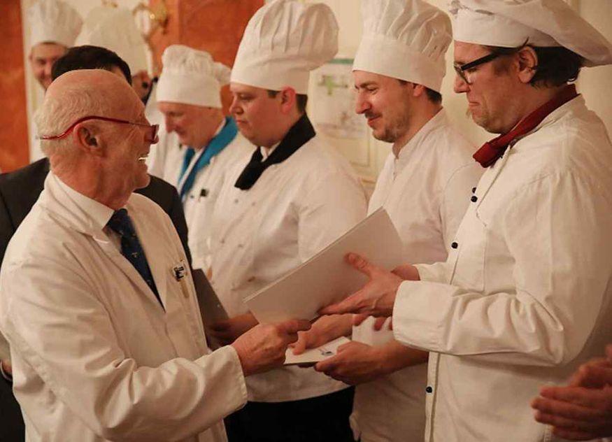 Küche Koch weiße Jacken