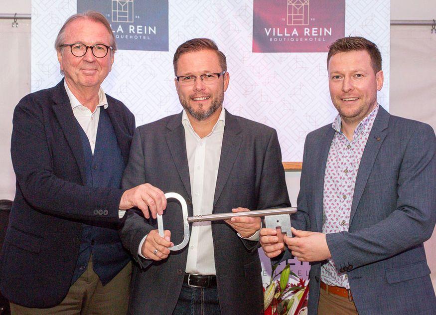 Villa Rein Hotellerie Grundsanierung Architekt Johannes Berschneider Geschäftsführer Christian Hotelier Sebastian Xaver Rein Schlüsselübergabe