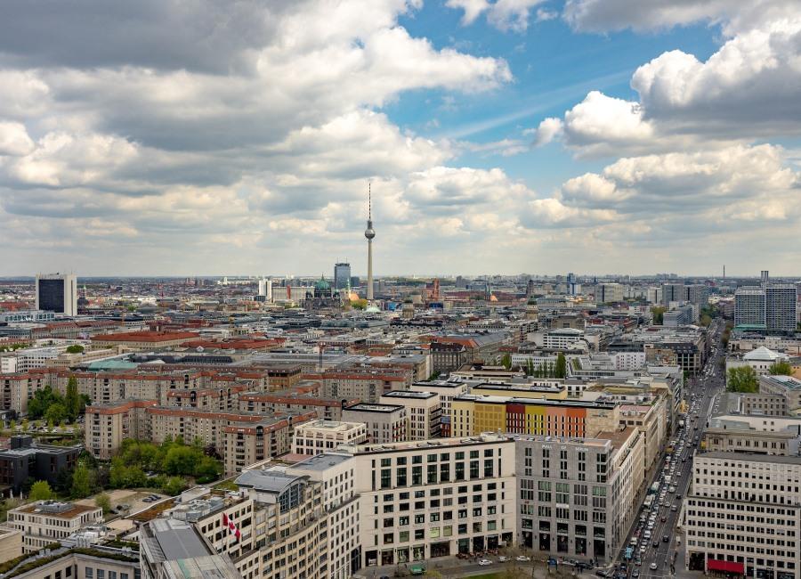 Berlin Deutschland Alexanderplatz Fernsehturm