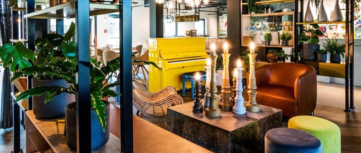 NinetyNine Hotel Heidelberg Lobby