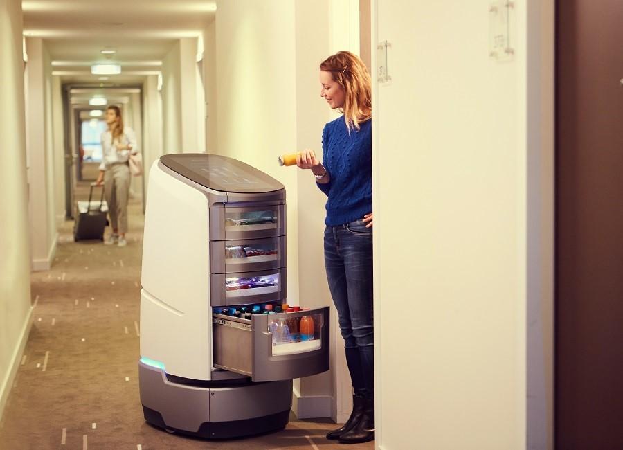 Rilano Hotel München Schwabing Roboter Jeeves